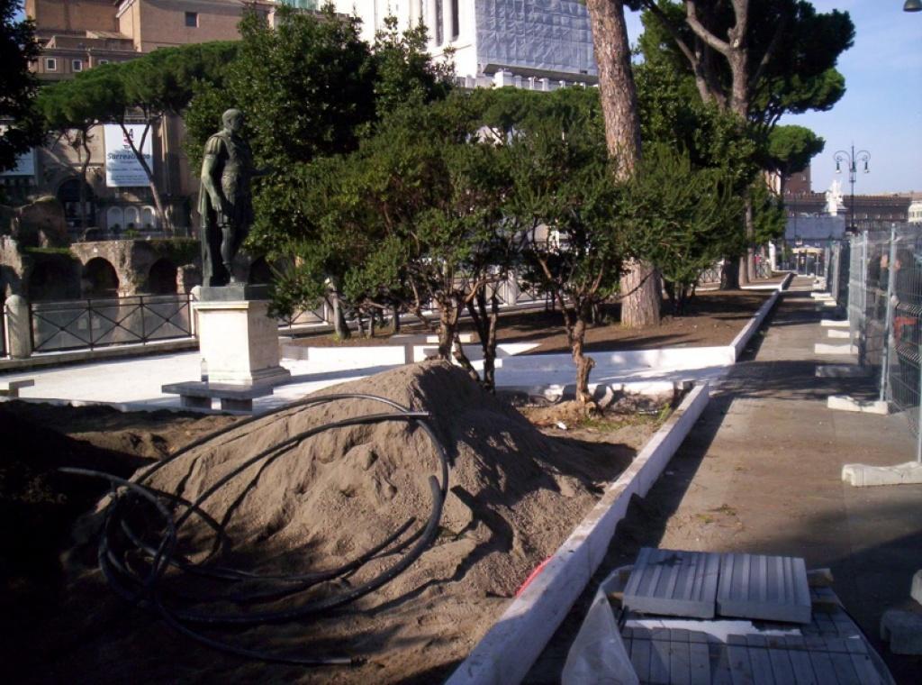 Fori imperiali roma realizzazione aree verdi e green for Progettazione giardini roma